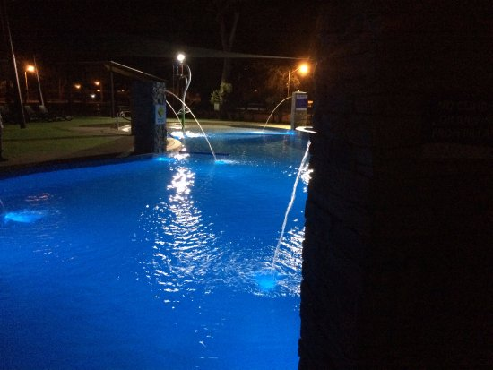 NRMA Ocean Beach Holiday Park: The heated new pool