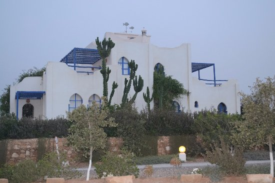 un th au bout du monde logement de type maisons jumelles
