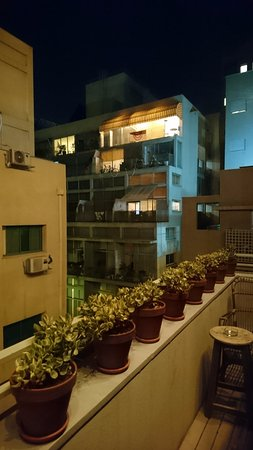 Someday if I come back to Tel Aviv, I`ll choose Florentin House again for sure!