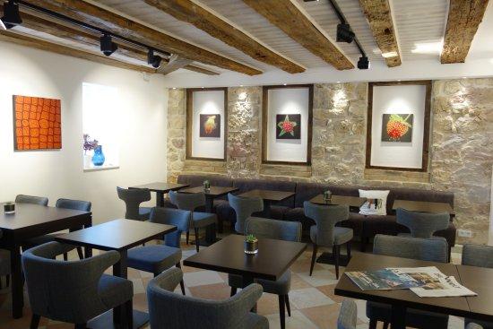 Ruesselsheim, Germany: Empfang und Frühstück