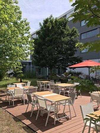 Mercure Lyon Genas Eurexpo : COTé le restaurant terrasse