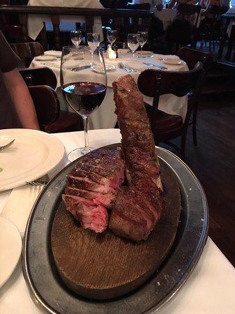ステーキの大きさに感激