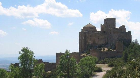 Aragón, España: El castillo al completo