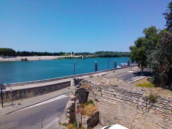 le Régence, hôtels à Arles