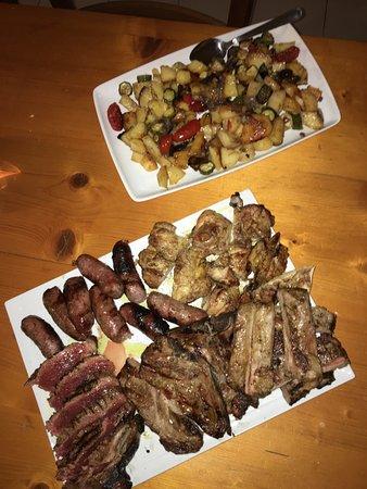 Buonconvento, Italy: carne alla brace mista