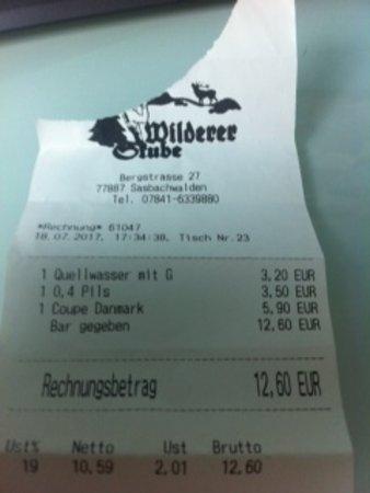 Sasbachwalden, Germany: 3.2 euros pour une carafe !