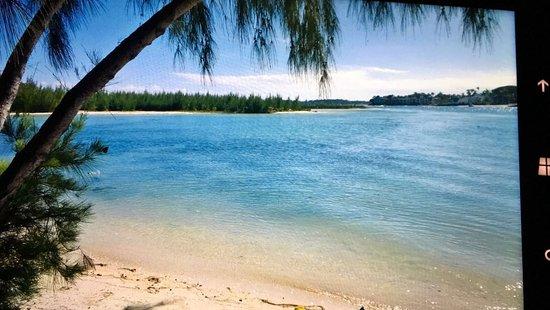Pearle Beach Resort & Spa: Isola Dei Cervi