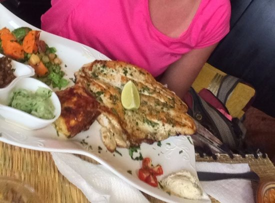Filet de poisson grill obr zok restaurant adwak essaouira tripadvisor - Restaurant poisson grille paris ...