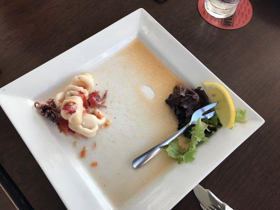Water's Edge Restaurant: photo0.jpg