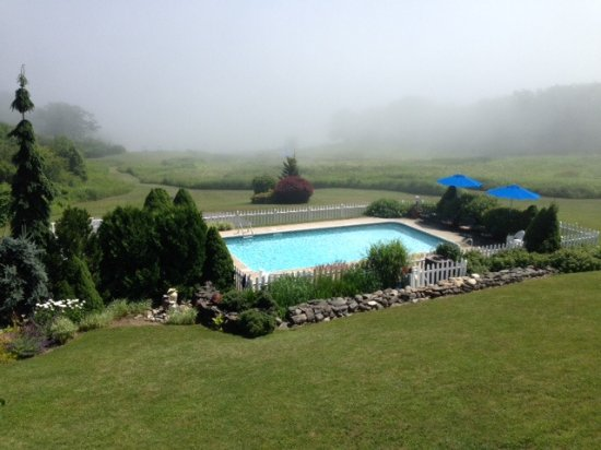 Strawberry Hill Seaside Inn: View From Our Balcony. Beautiful Inlet View When the Fog Clears