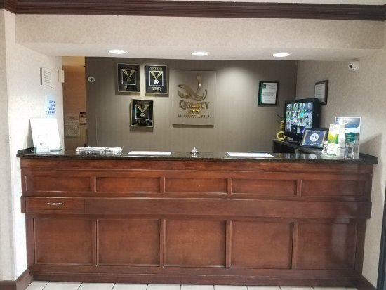 Hillsboro, TX: Front Desk