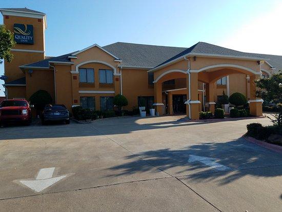Hillsboro, TX: Our Entrance