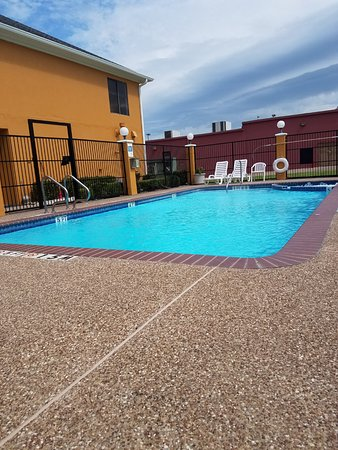 Hillsboro, Τέξας: Outdoor Swimming Pool