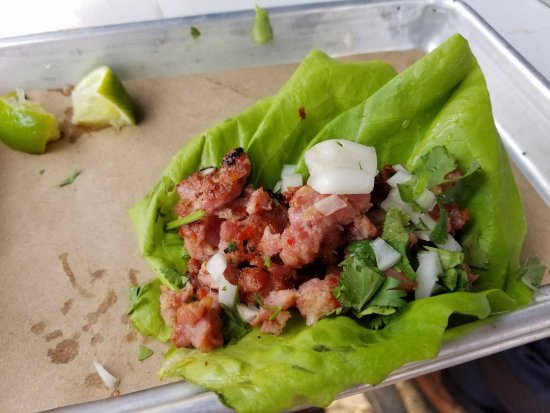 West Hartford, CT: Spicy Chorizo Taco on Lettuce