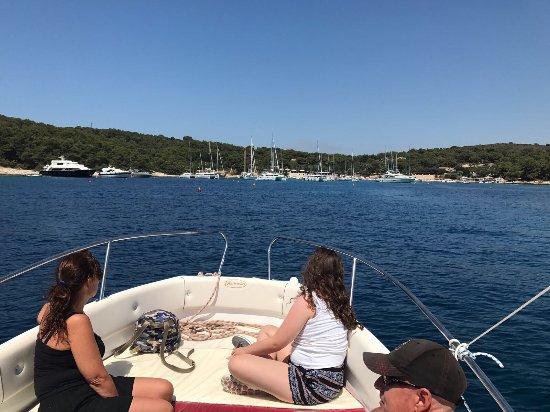 Rent A Boat Vinisce