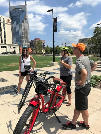 Green Fleet Bicycle Tours : History lesson