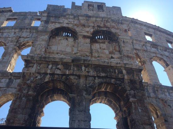 Amfitheater van Pula: photo9.jpg