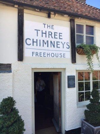 The Three Chimneys: главный вход
