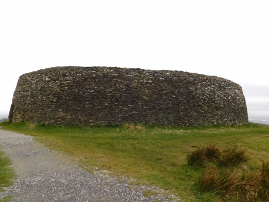 Grianan Of Aileach: Top of walking path