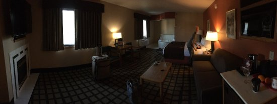 Lakeville, MN: The king suite