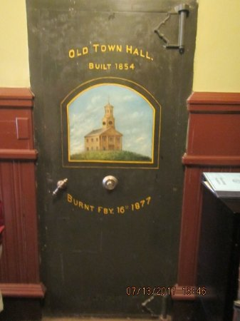Provincetown Walking Tours: Old meets new