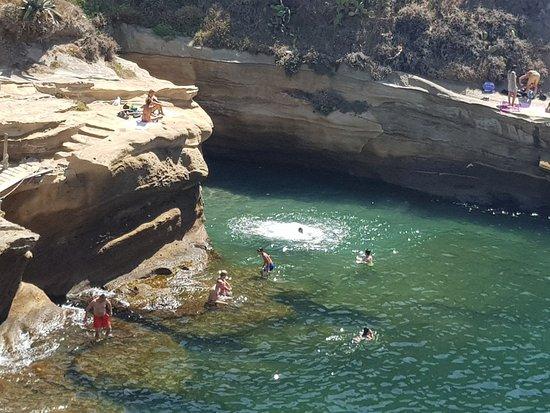Bagni Rocce Verdi Napoli : Baia delle rocce verdi villa fattorusso napoli ristorante