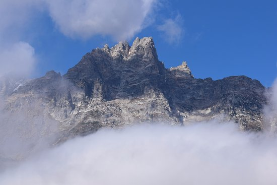 Grand Teton: Clouds over the mountains.
