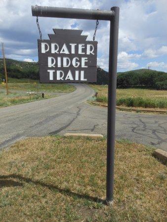 Prater Ridge Trail: Sign