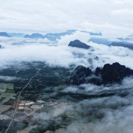 Balloons Over Vang Vieng: photo1.jpg