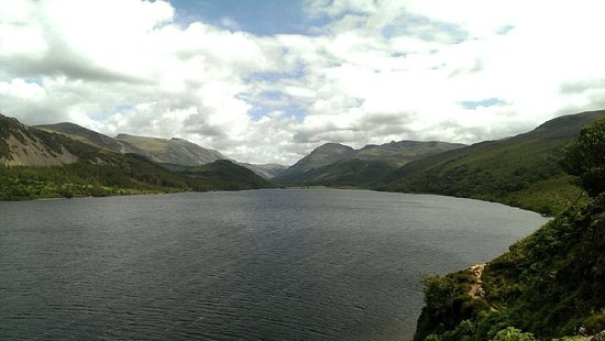 Ennerdale Bridge, UK: Ennerdale Water, magnificent view.
