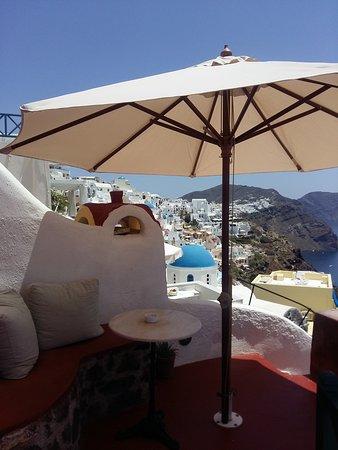 Zoe-Aegeas Traditional Houses : Balcony of the honeymoon suite