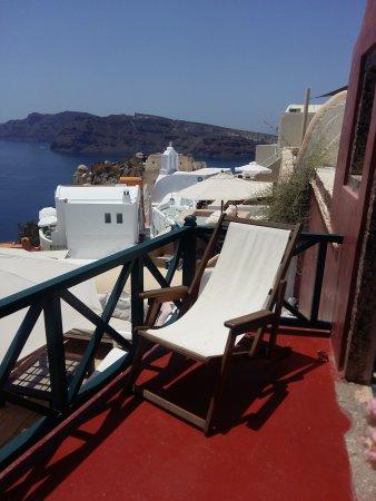 Zoe-Aegeas Traditional Houses : Sunbed on balcony