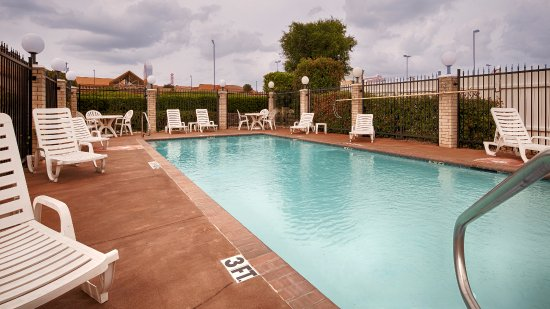 Lake Worth, TX : Outdoor Pool
