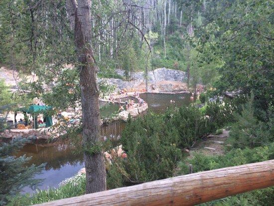 Strawberry Park Hot Springs: Stunning landscape