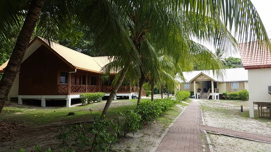 Turtle Island Park: Lodges in Selingan Turtle Island