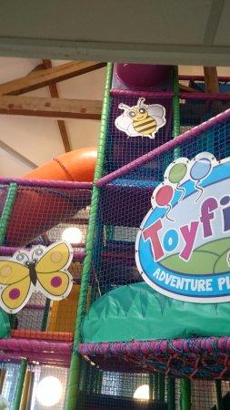 Leigh, UK: Toyfields