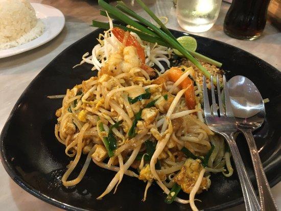 Silom Village Restaurant: photo0.jpg