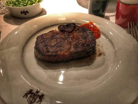 Grill Royal: Das Fleisch war schmackhaft, saftig und genau richtig gegart.
