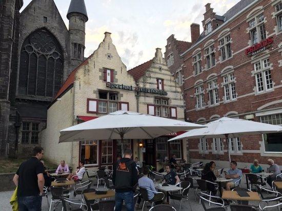 Oudenaarde, Belgien: Le Carillon