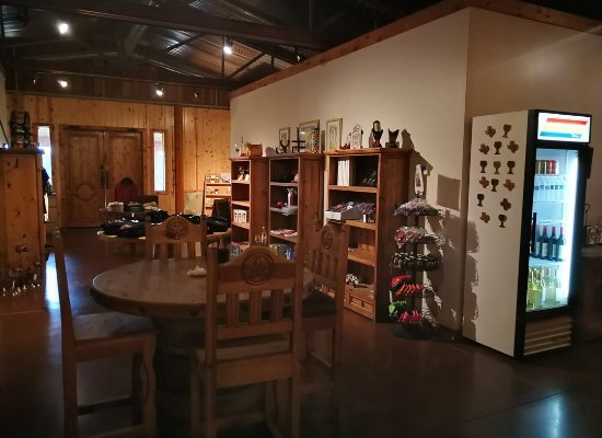 Burton, TX: Saddlehorn Winery