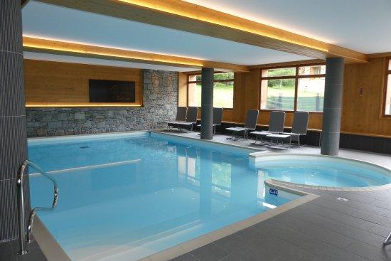 Hauteluce, Frankrig: piscine...