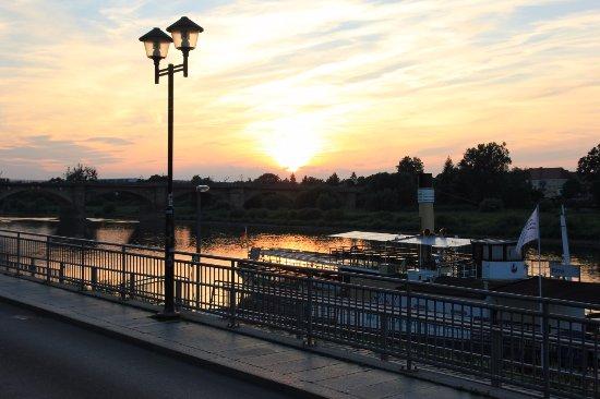Pirna, Deutschland: Elbblick von unserer Terrasse aus