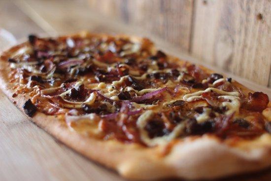Kópavogur, Island: The Doodly One! Top #3 pizza at Flatbakan.