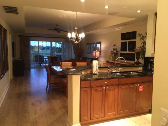 Kitchen/Dining/Living Rooms in 3Br Villa in Center Court Ridge