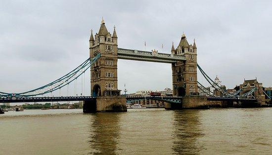 写真ノボテル ロンドン タワー ブリッジ枚