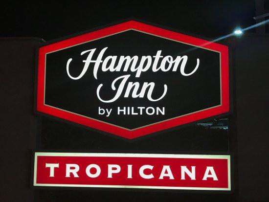 Hampton Inn Tropicana: photo0.jpg