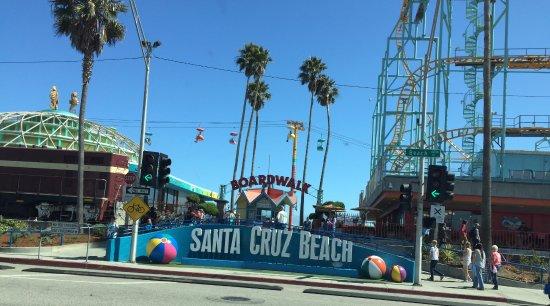 Santa Cruz Beach Boardwalk: Fun and Sun!