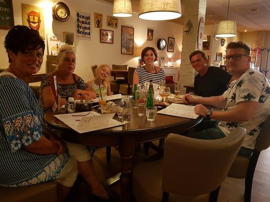 Heemstede, เนเธอร์แลนด์: Super gezellig met de familie eten foto van Sep