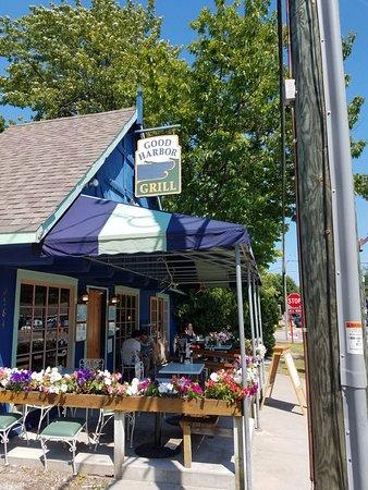 Glen Arbor, MI: Outside