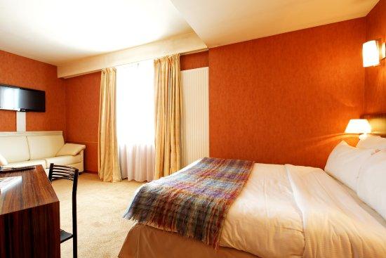 Hotel De L'Europe : chambre famille supérieur